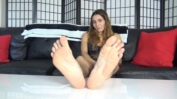 The Foot Fantasy – Rennadels Feet Joi for Steve