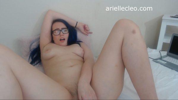 Ari Cleo – Extra Creamy Cum