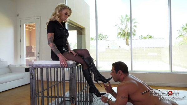 Femdom Empire – Isabelle Deltore – Officers Boot Bitch