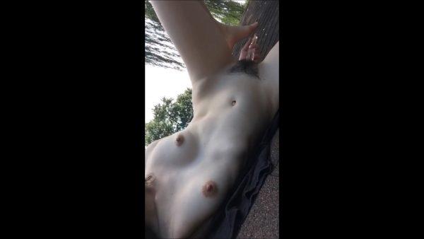Emily Grey – Snapchat Rooftop Fap