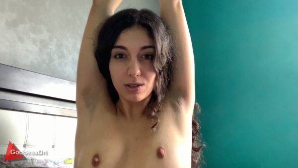 Goddess Dri – Sweaty Pits and Perky Tits