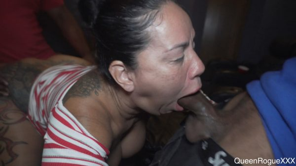 Queen Rogue XXX – Fun Time At The Amc Movie Theater