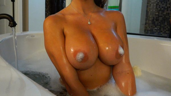 Crystal Knight – Bubbles and Boobs