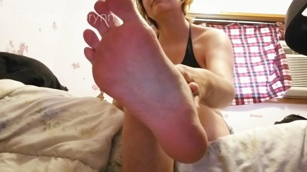 Miss Brynn – Show Me What A Good Footslave You Are