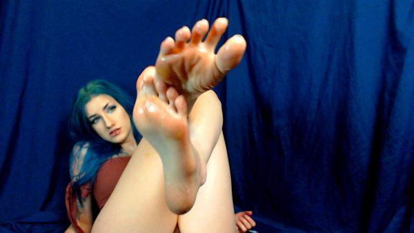 Cottontail Monroe – Cum on My Dirtyfeet Dirty Talking to Yo