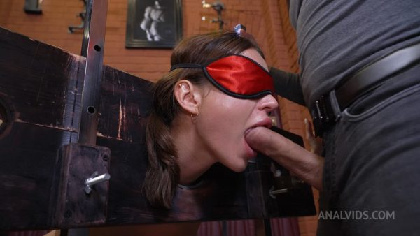 LegalPorno – Deep and hard entrance to Maryanas Anal BDSM and her secret desires